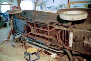 Bundramme 1998, Hvordan reparationen af et lille hul udviklede sig
